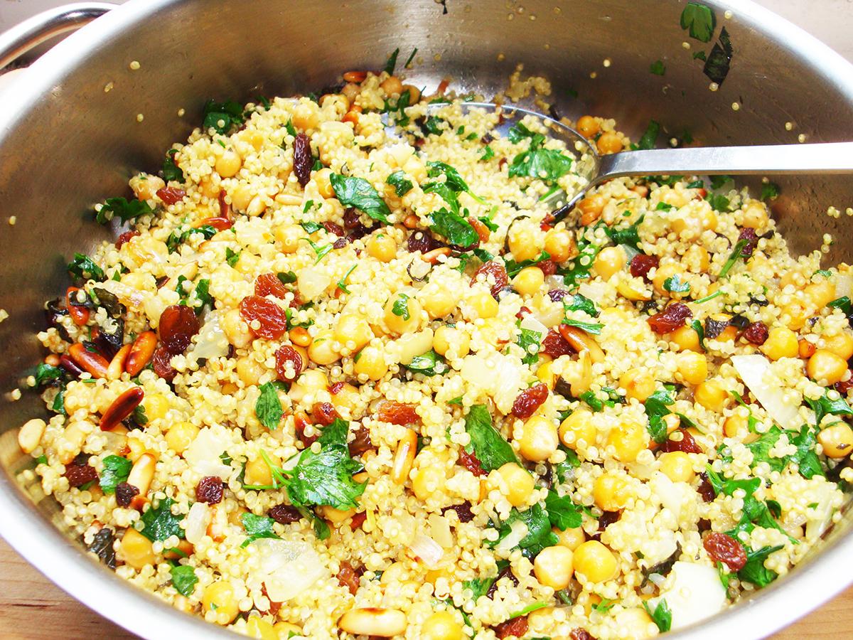 gluten-free_dairy-free_moroccan_chickpea_quinoa