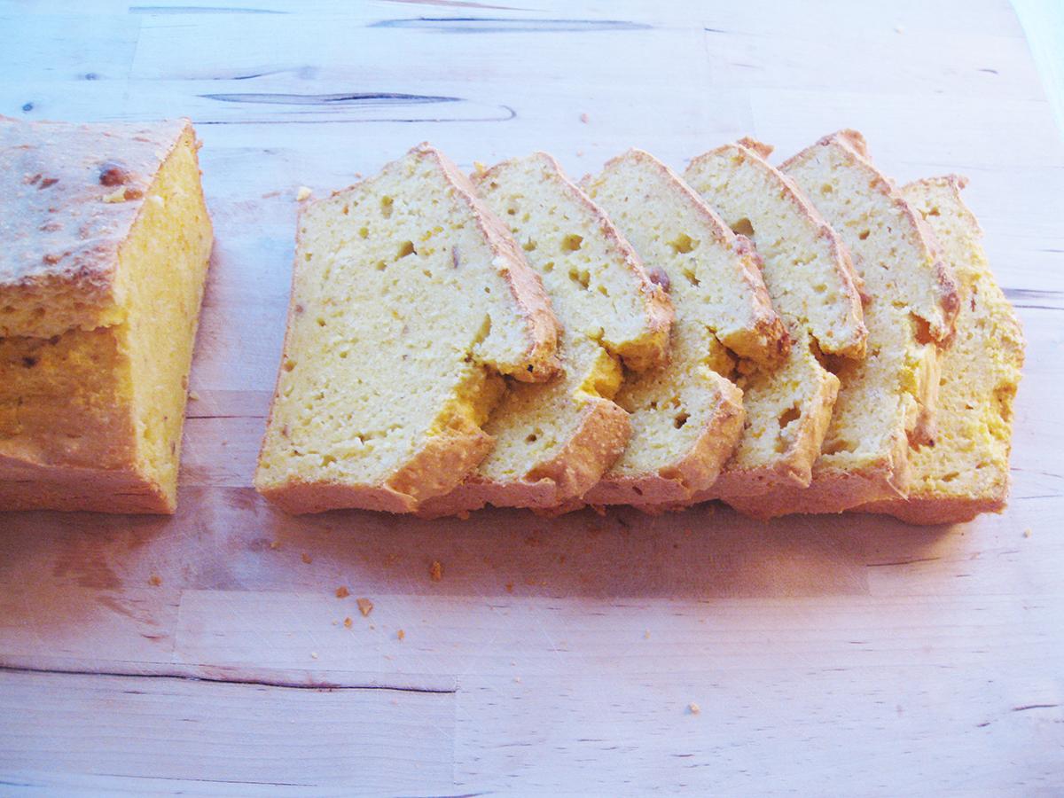 Gluten-Free_Dairy-Free_Pumpkin_Cornbread