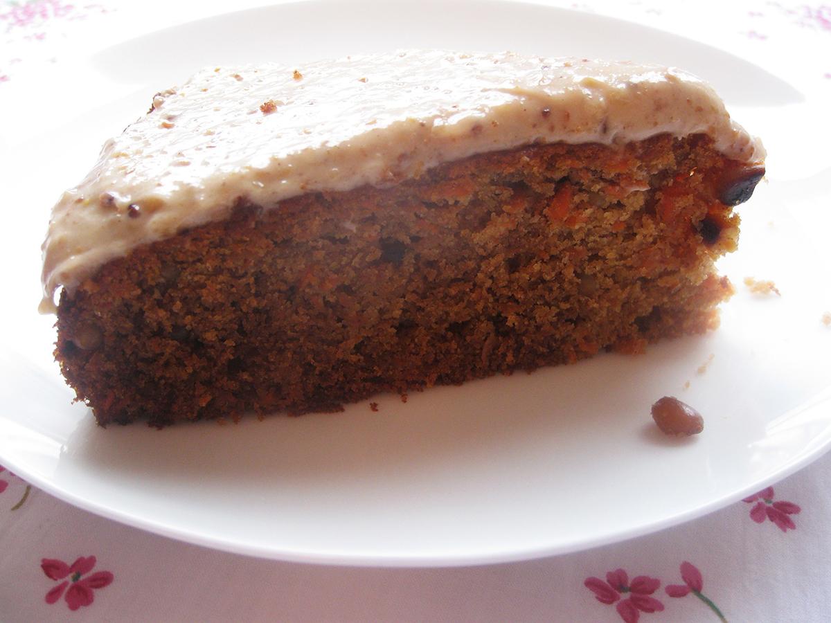 gluten-free_dairy-free_carrot_cake_slice