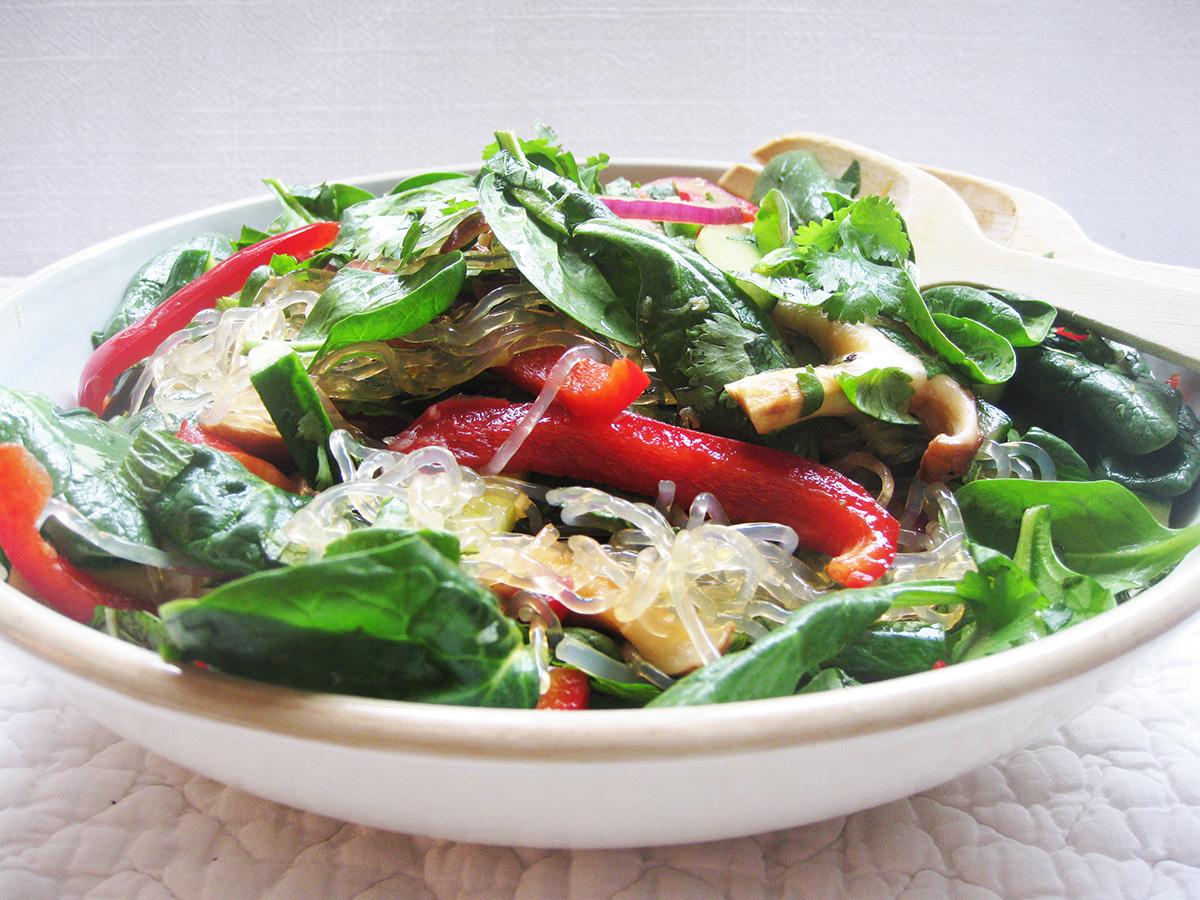 gluten-free_dairy-free_kelp_noodle_salad