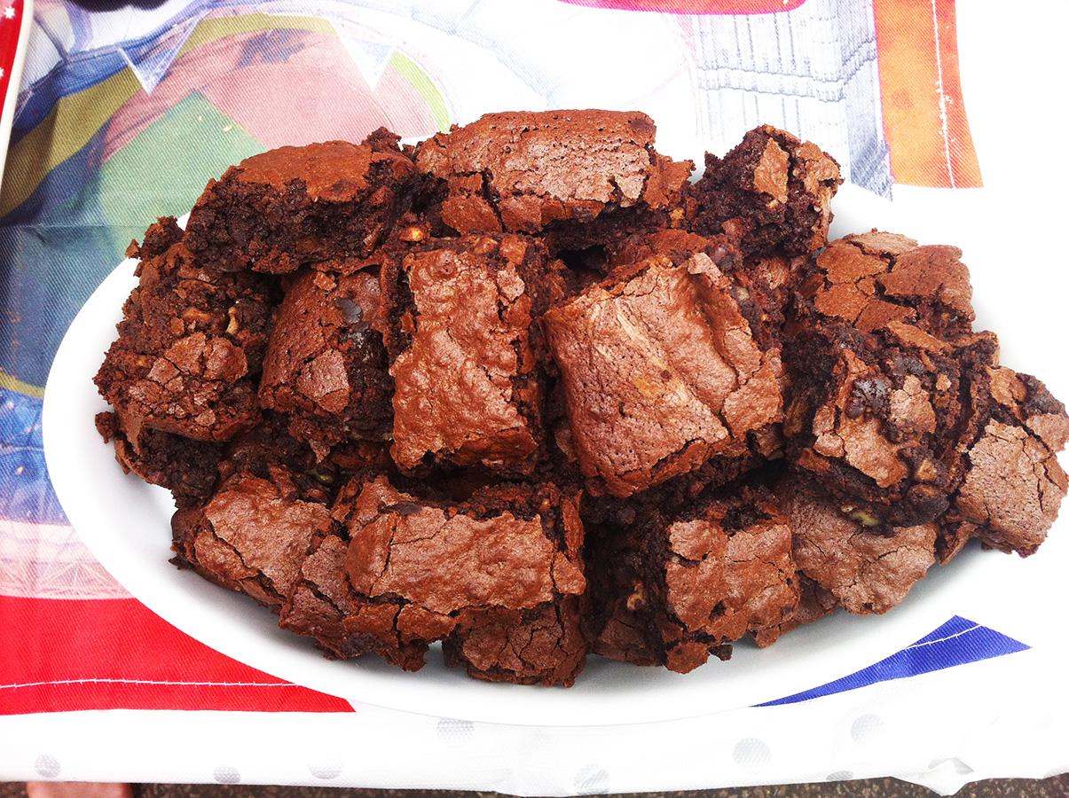 gluten-free_dairy-free_jubilee_chocolate_pecan_nutbrownies