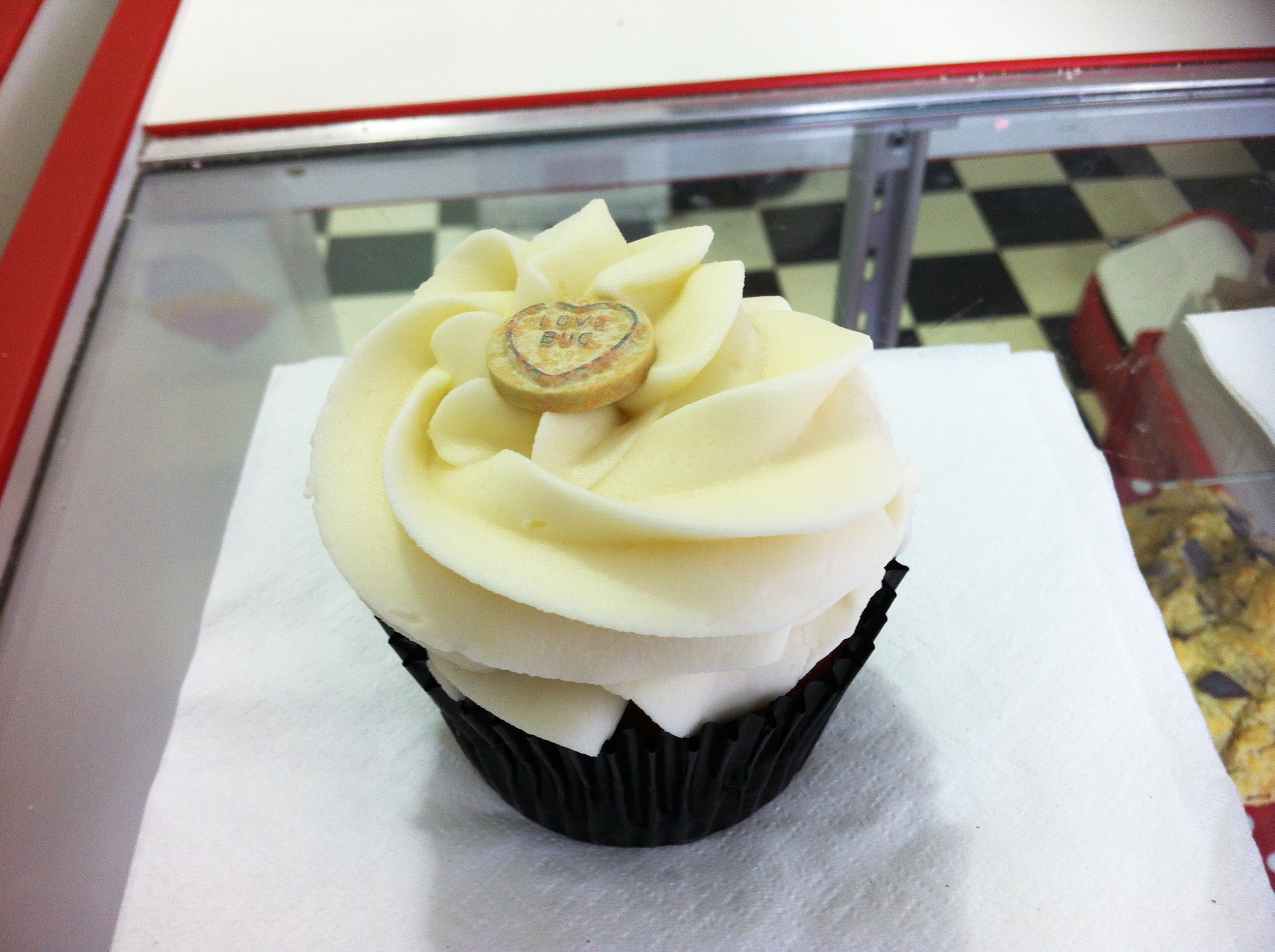 Ms_Cupcake_gluten-free_dairy-free_Red_Velvet