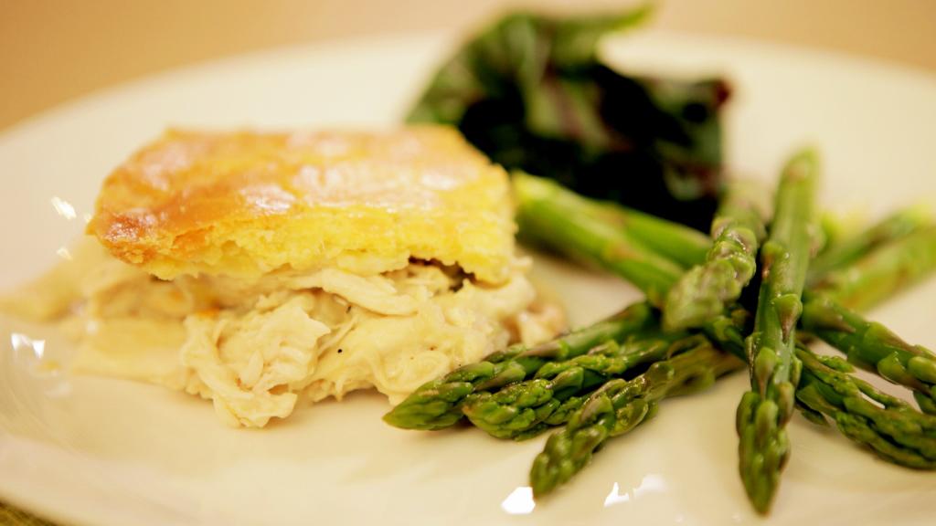 waitrose_free_from_gluten-free_dairy-free_chicken_tarragon_pie