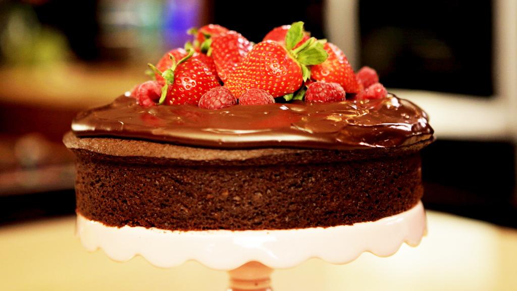 waitrose_free_from_gluten-free_dairy-free_chocolate_cake