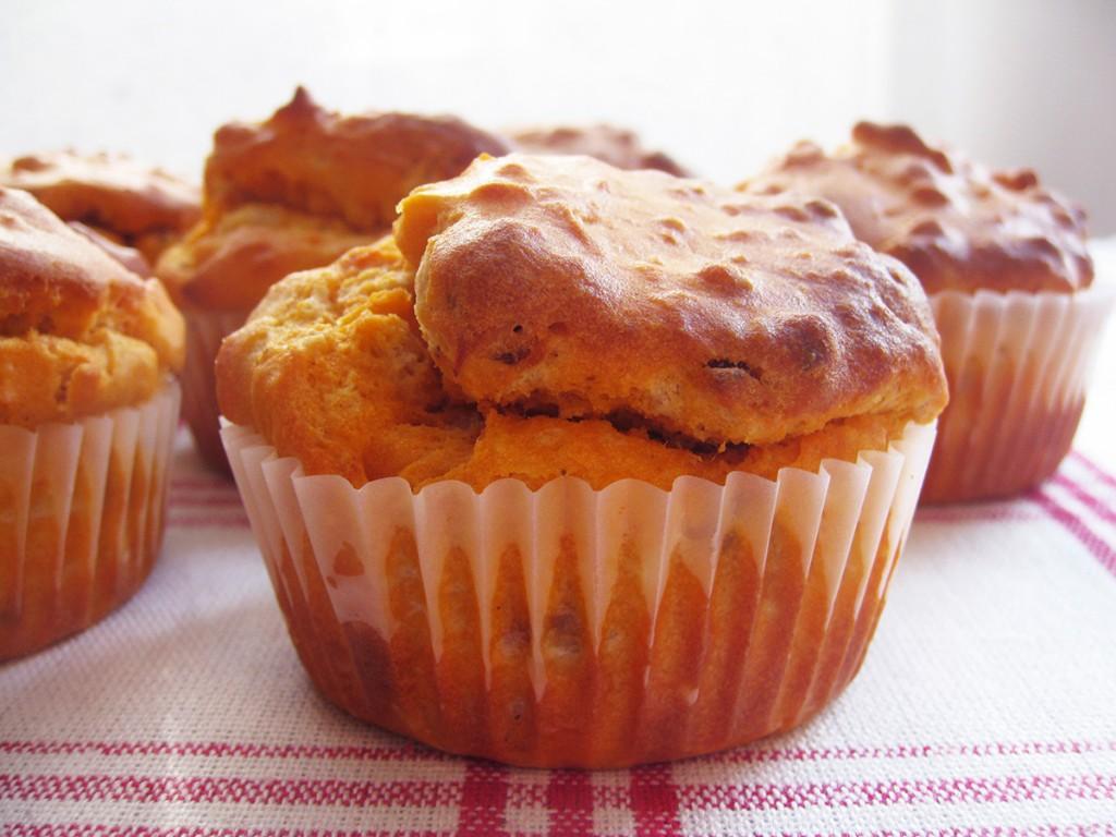 Gluten-Free & Dairy-Free Cheese & Sun-Dried Tomato Muffins